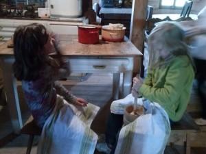wycieczki-szkolne-brenna-chata-chlebowa-1